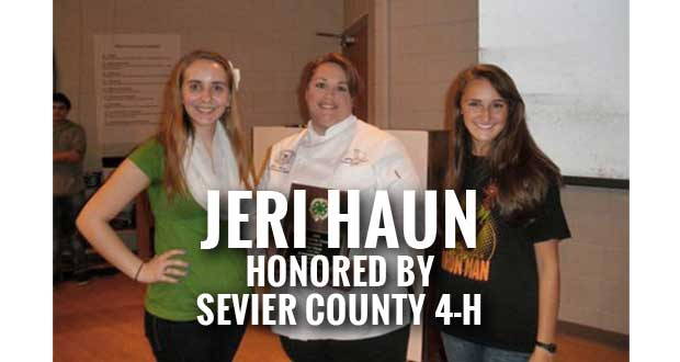 Walters State's Jeri Haun Receives the 2014 Friend of Sevier County 4-H Award