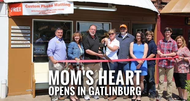 Mom's Heart Specialty Engraving and Matting Shop Opens in Gatlinburg