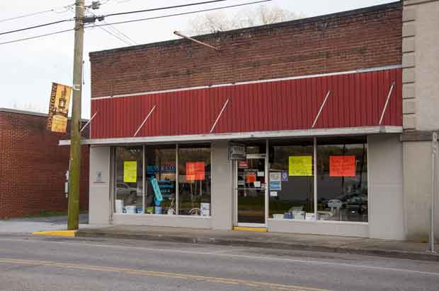 Downtown Sevierville Building to House Arts Council, Gallery, Classroom