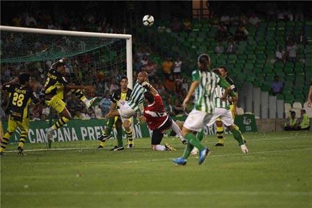 La derrota copera ante el Córdoba puede mermar la moral verdiblanca de cara al encuentro ante el Hércules