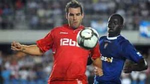 Negredo, con una genialidad en el primer tiempo, puso tranquilidad en el juego sevillista/SevillaFC