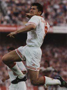 Davor Suker marcó 76 goles con el Sevilla antes de fichar por el Real Madrid