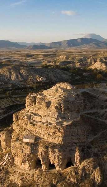 El asentamiento, que se sitúa a unos cinco kilómetros al sur de Tetuán, a orillas del río Martil