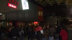 El Festival arrancó también en Nervión con gran afluencia de público/J.A.Pérez