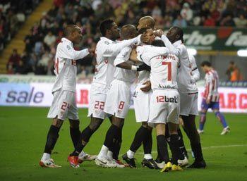 El gol de Kanoute en el nueve, bastó para traerse los tres puntos de Asturias/SevillaFC
