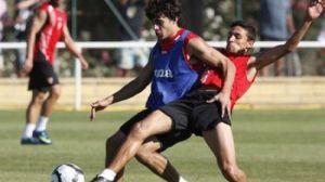 Perotti y Navas en un entrenamiento del primer equipo/SevillaFC