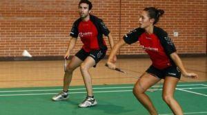 El Campeonato de Andalucía Absoluto de bádminton se disputa en la Ciudad Deportiva de Armilla (Granada).