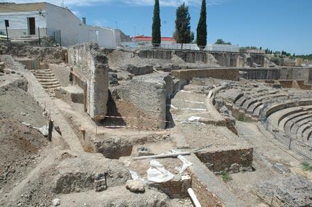 La exposición tiene 23 piezas vinculadas al Conjunto Arqueológico de Itálica