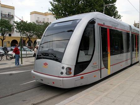 El tranvía no conectará Viapol con Santa Justa como se proyectaba en un principio