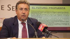 El portavoz del PP, Juan Ignacio Zoido, ha acusado al gobierno municipal de