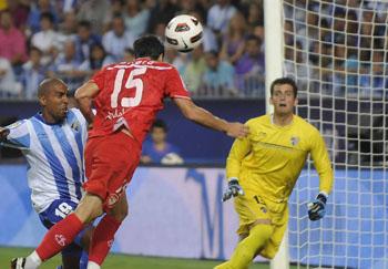 Importante victoria del conjunto sevillista en el estadio La Rosaleda/SevillaFC