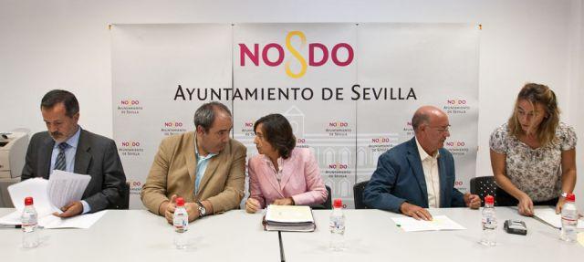 Luis Nores, Francisco Fernández y Rosa Aguilar entre otros, acudieron al encuentro vecinal/SA