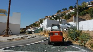 Entre las mejoras se encuentra la reurbanización de la glorieta y aparcamientos de 70 plazas/AyuntAlcala.