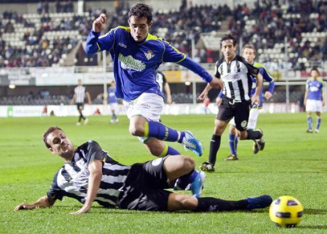 El Betis desaprovechó en un minuto la ventaja que obtuvo con el gol de Rubén Castro/Pascu Méndez