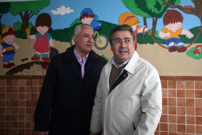 Zoido y Arenas visitaron esta mañana la guardería San Cayetano de la capital