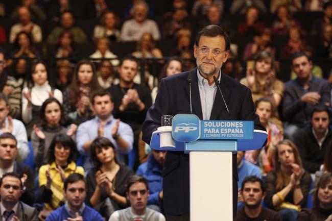 El presidente nacional del PP habla de eliminar los privilegios de unos ciudadanos frente a otros
