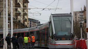 Ya están en Sevilla los cuatro nuevos vehículos del Metrocentro