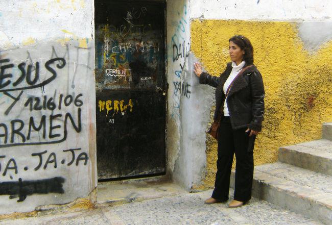 Lola Aquino en el barrio de El Castillo, en Alcalá