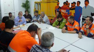 Antonio Rodrigo Torrijos reunido con los trabajadores de Lipasam/SA