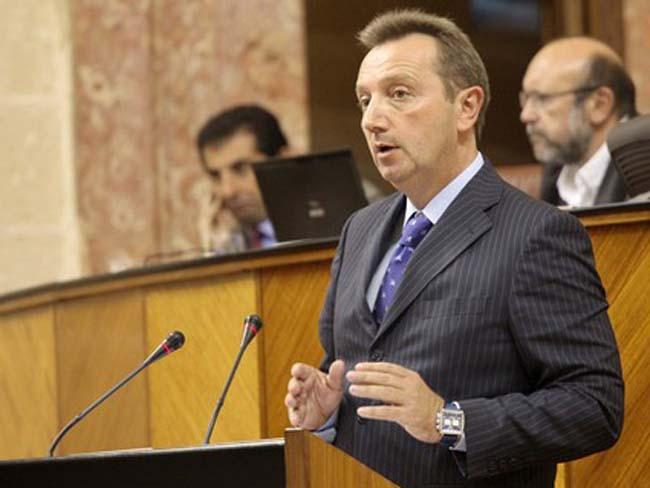 Manuel Recio ha contestado por escrito a los diputados populares/Foto de archivo