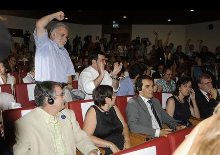 La delegación cordobesa ante la alegría de la delegación donostiarra/Córdoba 2016