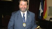 juan-avila-gutierrez-pleno-constitucion-ayuntamiento-carmona-110611