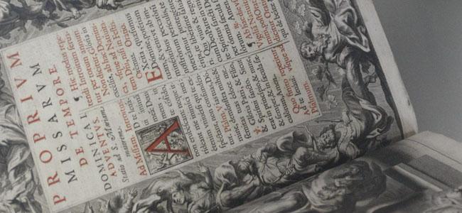La muestra cuenta con libros de autores del Aljarafe o relacionados con el Aljarafe/SA