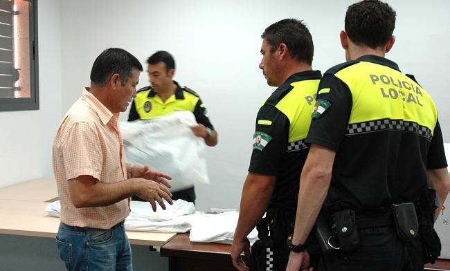begines-uniformes-polica-local-140912