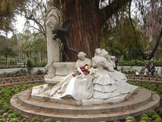 glorieta-becquer-parque-marialuisa