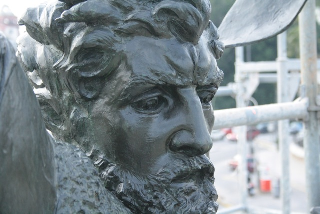 cara-estatua-cid