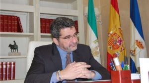 El alcalde de Alcalá de Guadaíra, Antonio Gutiérrez Limones. / Sevilla Actualidad