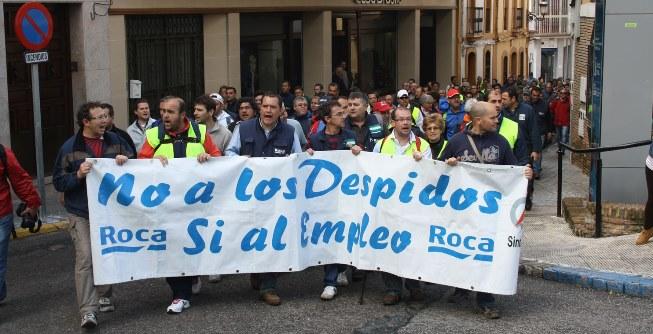 La marcha de los trabajadores de Roca llegó a mediodía a Mairena del Alcor / Sevilla Actualidad