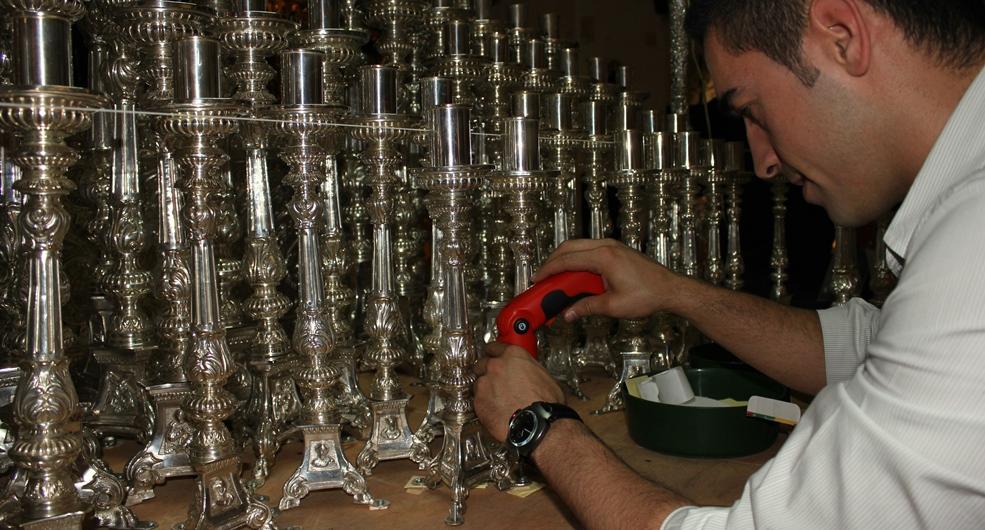 Sevilla Actualidad relata 'paso a paso' la labor de las hermandades para la puesta a punto de sus pasos ante las procesiones de la Semana Santa / Mercedes Romero