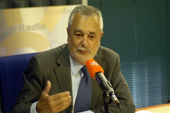 El presidente de la Junta de Andalucía, José Antonio Griñán, pretende consensuar la norma por la transparencia