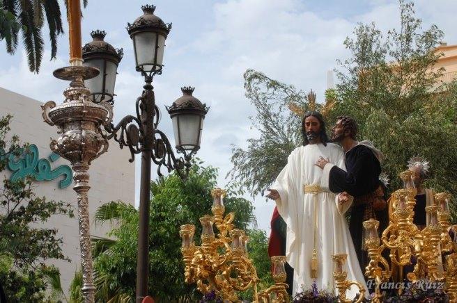 El misterio del beso de Judas en Plaza del Duque / www.francisruizfotos.blogspot.com.es