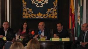El viceconsejero de Turismo y Comercio de la Junta ha presentado la propuesta para el pacto andaluz por el turismo / Sevilla Actualidad