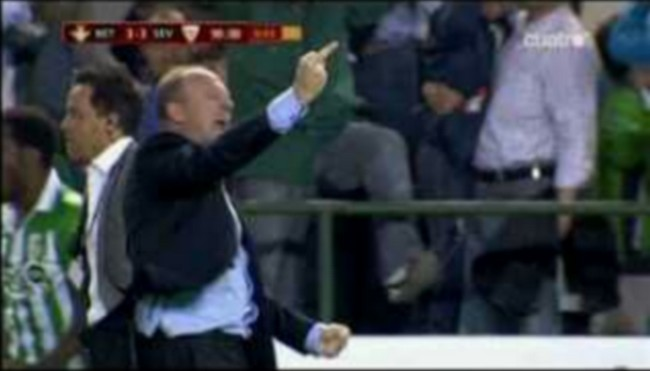 Captura de Mel durante la celebración del empate verdiblanco./ Alejandro Copete