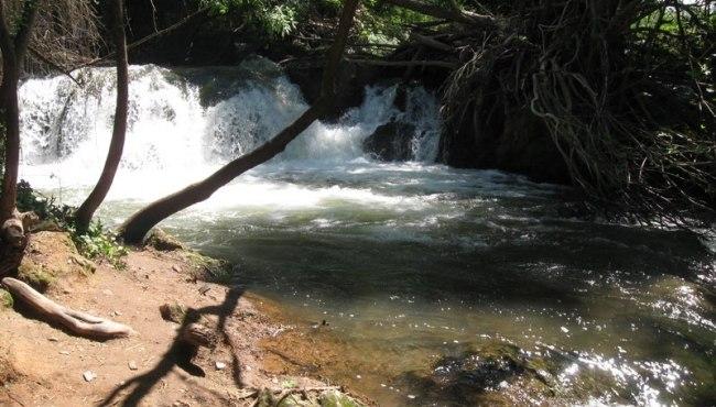 ruta-verde-sierra-norte-cascada-hueznar