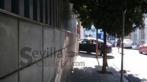 coche policia en Diputacion con Enrique Rodriguez
