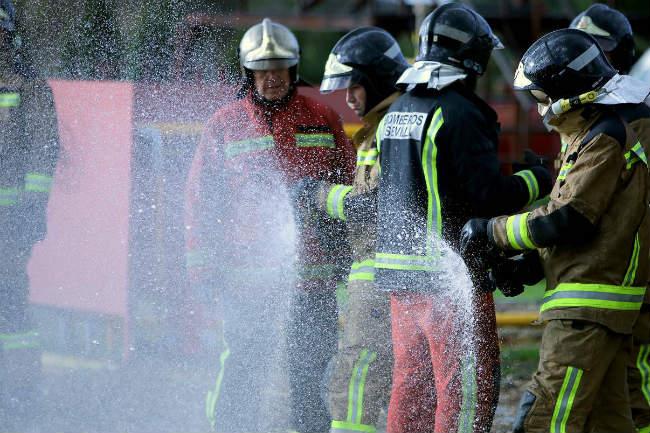 bomberos-agua-sevilla