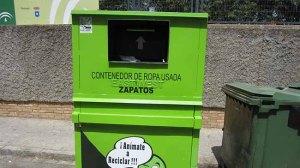 contenedor ropa usada-carmona