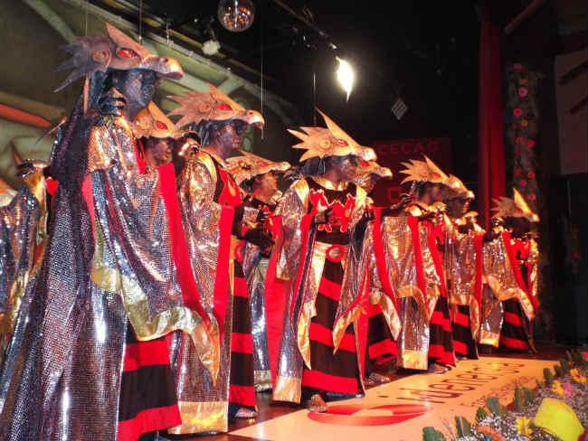 ganador comparsas carnaval gines 2014