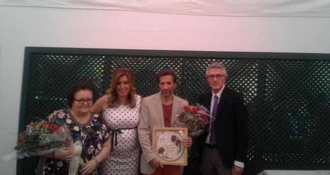 premios-claveles-prensa-2015