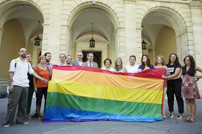 bandera gay ayuntamiento