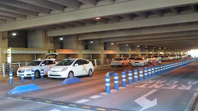 taxis-aeropuerto-clicko-flickr