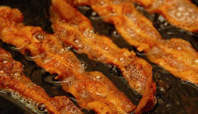 bacon-chris-yarzab-flickr