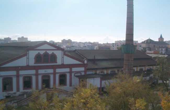 fabrica-vidrios-la-trinidad-avenida-miraflores-sevilla