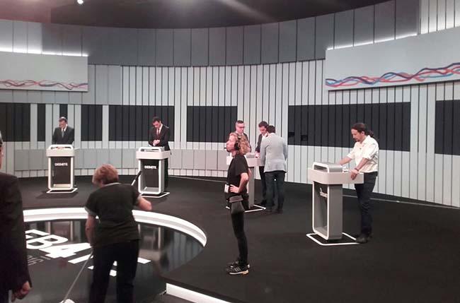 debate-13j