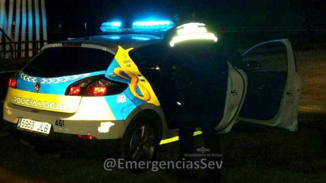 policia-y-coche-patrulla
