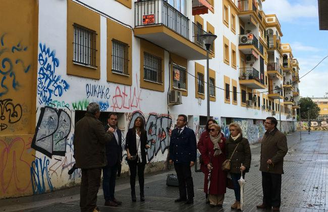 FOTO VISITA MACARENA TRES HUERTAS